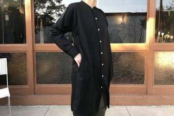 ARMENアーメン  バンドカラーシャツワンピース ブラックINAM1902