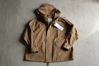 upper hights アッパーハイツTHE MILITARY PARKA 631A253-CML